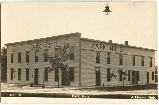 Atkinson Ne Parkhotelno9 Jpg 45911 Bytes